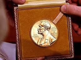Нобель по экономике достался американцам