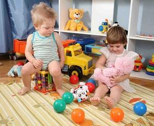 Какие игрушки подойдут для детей разного возраста