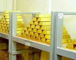 Цена золота установила новый исторический рекорд - 1380 долл/унция