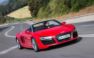 Обновленный суперкар Audi R8: популярная механика