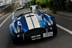Спорткар AC Cobra — первый среди равных