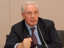 Азаров может наложить санкции на нефтетрейдеров за ценовой сговор