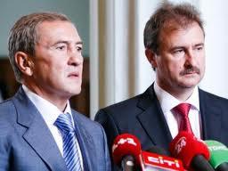 Попову придется опираться на большинство в Киевсовете, где властвует Черновецкий и его команда