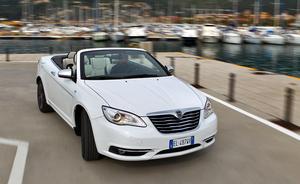 Итальянцы запустили в свет кабриолет Lancia Flavia