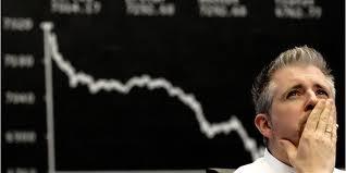 Евро и фунт весь год будут падать