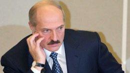 Лукашенко требует задерживать белорусов, которые в рабочее время ходят по магазинам