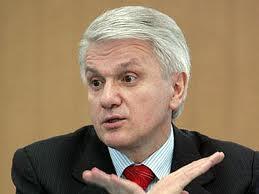 Литвин: В ближайшее время парламент не будет рассматривать Трудовой и Жилищный кодексы
