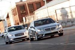 Кто кого: Infiniti M35h против Mercedes-Benz E350 Bluetec