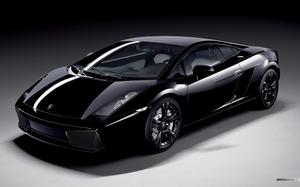 Lamborghini к своему юбилею выпустит новую модель