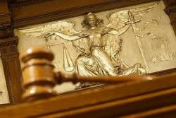 Регионалы взяли суды конституционно