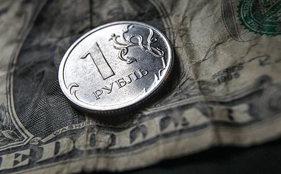 Bloomberg оценил перспективы российского рубля в случае отмены санкций
