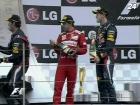 Команда Red Bull Формулы-1 празднует получение очередного титула