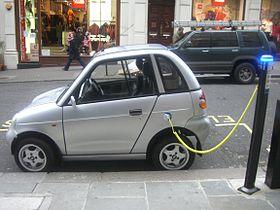 Чем электромобиль может «выиграть» у традиционного авто