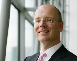 Прибыль Commerzbank за 2010 г. составила 1,43 млрд евро против убытков годом ранее