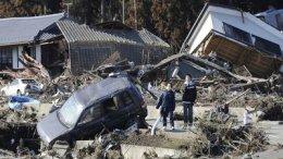 В Японии построят 100 тысяч временных домов для пострадавших